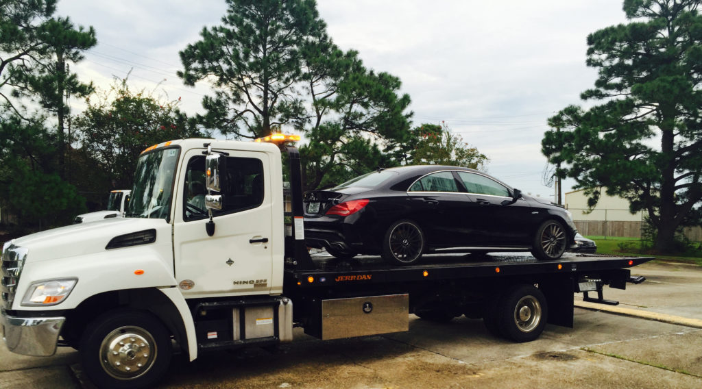 Towing Service Wrecker Service Covington Louisiana - Flat Bed towing
