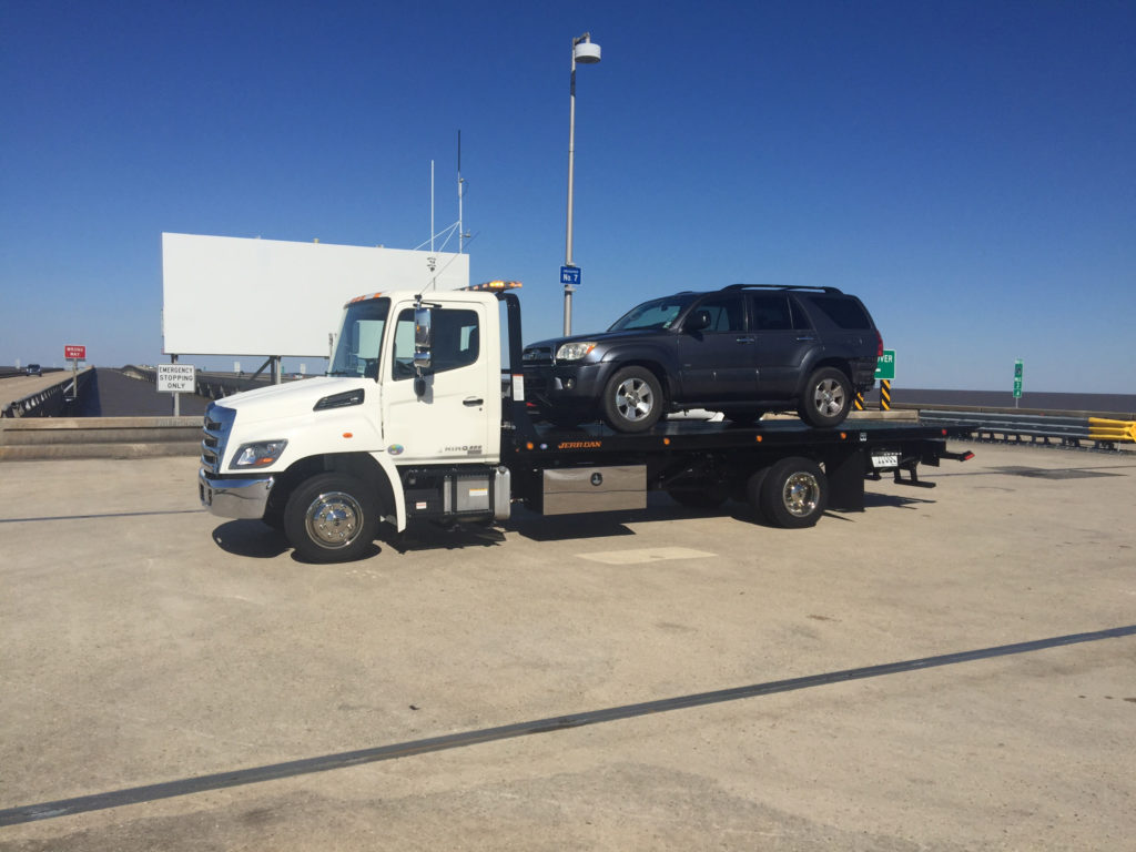 Towing Service Wrecker Service Covington Louisiana - On Causeway